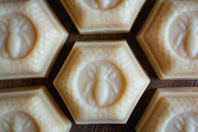 Manuka Honey Bar by Cascadia Soap Co