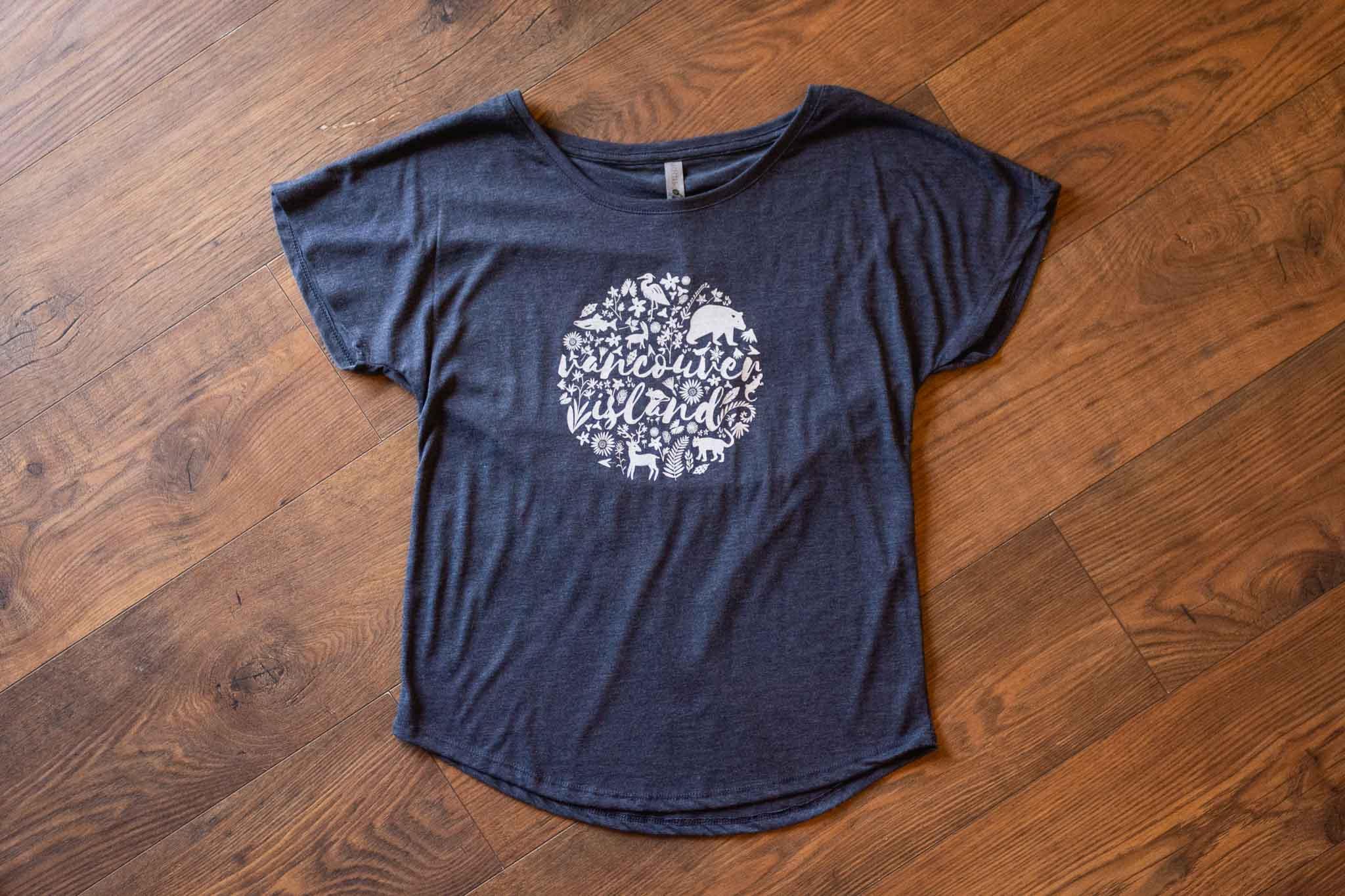 Flora & Fauna Women's Tee Shirt